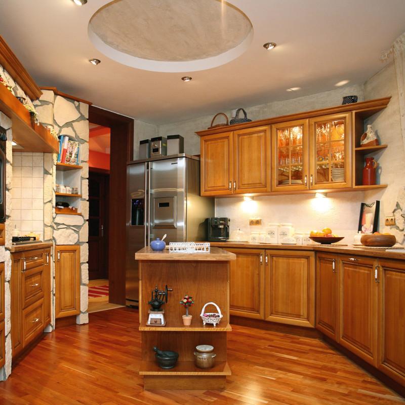 kuchnia-klasyczna-meble-kuchenne-na-wymiar-baum-centrum