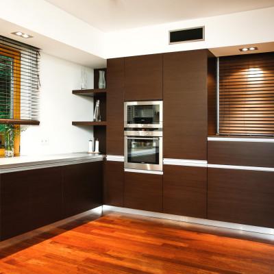 kuchnia-nowoczesna-zabudowa-pod-sufit-meble-kuchenne-kraków