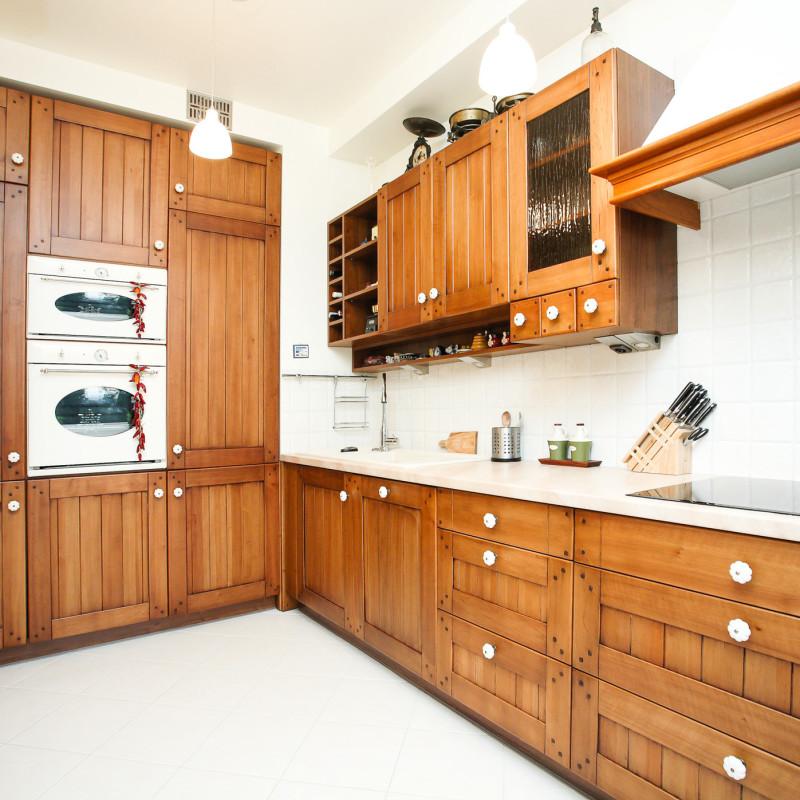 kuchnia-klasyczna-klasyczne-meble-kuchenne-na-wymiar-kraków